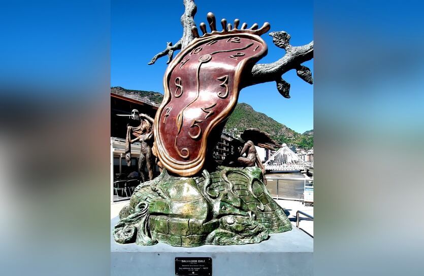 скульптура дали в андорре