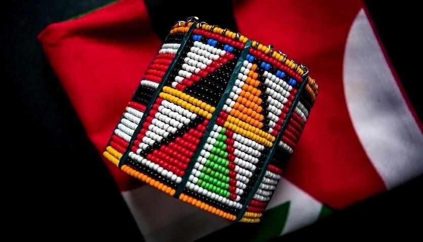 шоппинг в кении браслет масаи