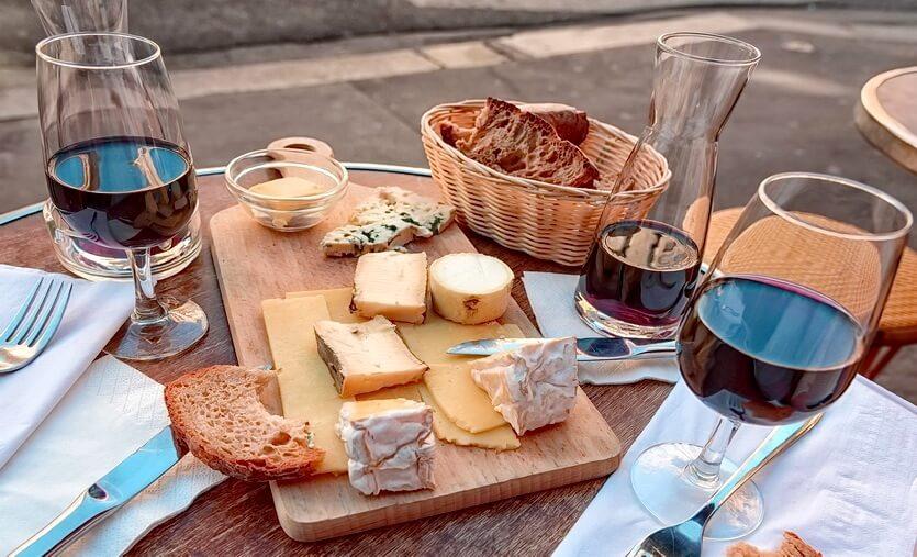 французское вино и сыр