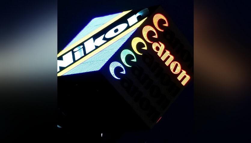 nikon canon в японии