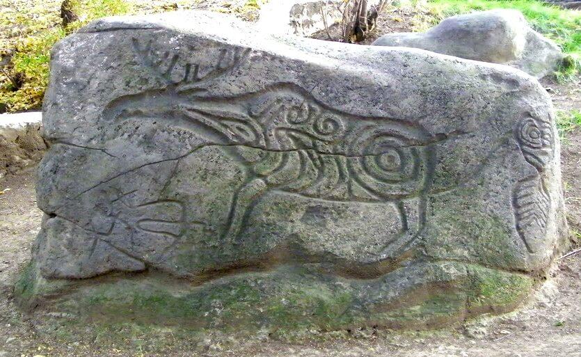 петроглифы в хабаровске