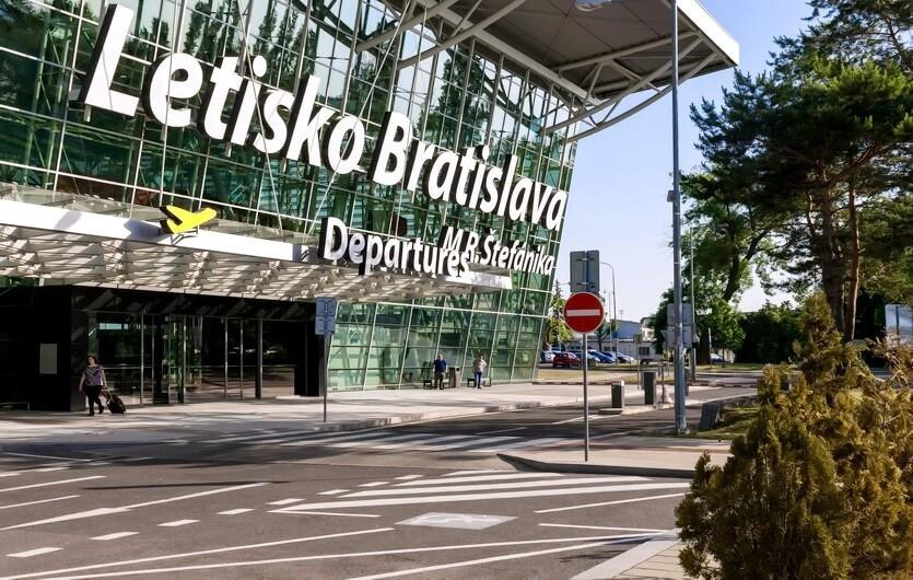 аэропорт братиславы словакия