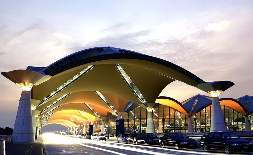 аэропорт куала-лумпура малайзия