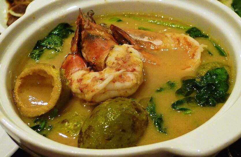 синиганг филиппинское блюдо