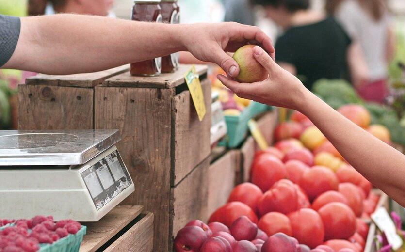 грузинский фруктовый рынок