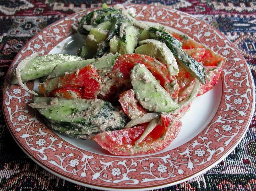 грузинский салат еда